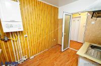 Agentia Imobiliara DELUXE va propune spre cumparare un apartament cu 3 camere situat in  Galati, cartier Tiglina 1