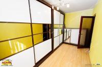 Agentia imobiliara AcasA va propune spre cumparare un apartament cu 3 camere situat in Galati, cartier Micro 16 (Complex Siret)