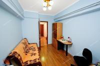 Agentia Imobiliara Familia va propune spre vanzare un apartament cu 2 camere transformat in 3 camere situat in Galati, Micro 21, zona Kaufland