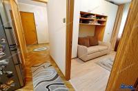 Particular, vand apartament cu patru camere situat in Galati, cartierul Micro 16