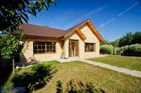 Agentia Imobiliara Deluxe va aduce la cunostinta oferta de vanzare a unei vile  situată in Galati, zona Micro 16