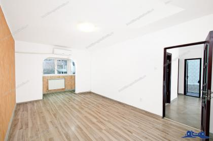 Particular, vand apartament decomandat cu 2 camere situat in Galati, cartier IC Frimu, la etajul 1
