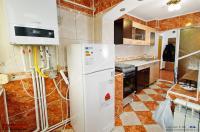 Agentia imobiliara Loyal House va prezinta oferta de vanzare a unui apartament cu 3 camere decomandate situat in Galati, Micro 17