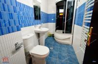 Va prezint un apartament de vanzare in Galati, pe Faleza Dunarii, la blocurile Vega, etaj 1/8