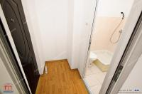 Agentia Imobiliara Familia va propune spre cumparare un apartament cu o camera situat in Galati, cartier Micro 19, zona LIDL