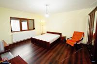 Agentia Imobiliara Familia ofera spre vanzare un apartament  cu 2 camere  decomandat  situat in Galati, Micro 21