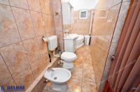 Agentia Imobiliara DELUXE va prezintă oferta de inchiriere a unui apartament decomandat cu 2 camere situat in Galati, zona Ireg