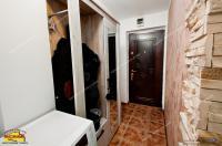 Agentia imobiliara AcasA va propune spre cumparare un apartament cu 2 camere (mansarda) situat in Galati, zona Magazin General