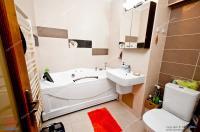 Va prezentam oferta de vanzare a unui apartament frumos situat in Galati, zona centrala, pe strada Domneasca