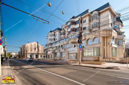 Agentia Imobiliara AcasAva face cunoscuta oferta de Spatiu stradal de inchiriat situat central in Galati