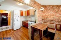 Agentia Imobiliara DELUXE va prezintă oferta de vanzare a unui apartament cu o camera situat la mansarda in Galati, zona IC Frimu, Str Nae Leonard