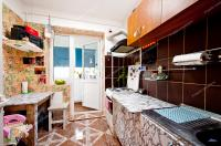 Agentia Imobiliara PROACTIV va prezinta oferta de vanzare a unui apartament semidecomandat cu 2 camere situat in Galati, Cartier Mazepa 1