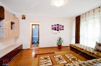 Apartamentul are o suprafata de 50 mp, este situat in Galati, cartier Mazepa 1