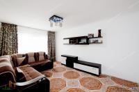 Vanzare apartament 3 camere dec. in Galati, Micro 14, etaj 3, sup. 70 mp, centrala