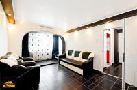 Agentia imobiliara AcasA va propune spre cumparare un apartament semidecomandat cu 2 camere confort 1 situat in Galati, zona Tiglina 3 (Complex Siret)