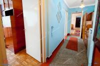 Va prezint un apartament cu trei camere semidecomandate de vanzare in Galati, cartier Micro 16