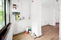 Agentia Imobiliara Familia va propune oferta EXCLUSIVA a unui apartament cu 2 camere decomandate situat in Galati, cartier Mazepa 2, zona Biserica