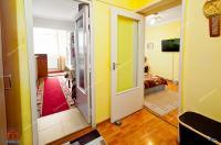 Agentia Imobiliara Familia va propune spre cumparare un apartament cu 2 camere decomandate situat in Galati, cartier Micro 14, zona General