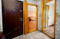 Agentia Imobiliara Familia va propune spre cumparare un apartament  decomandat cu 2 camere situat in Galati, zona Doja, aproape de Isharo