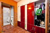 Proactiv Imobiliare va ofera posibilitatea de a cumpara un apartament cu 2 camere decomandate situat in Galati, Micro 17