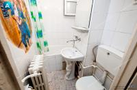Agentia imbiliara AcasA va propune spre cumparare un apartament cu 2 camere semidecomandate situat in Galati, cartier Micro 40