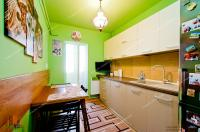 Proactiv Imobiliare va face cunoscuta oferta de vanzare unui apartament decomandat cu 2 camere situat in Galati, cartier  Mazepa 2
