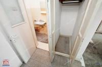 apartament decomandat cu 3 camere aflat in Galati, cartier Micro 18, cu vedere catre str. Brailei
