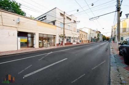 Se inchiriaza spatiu comercial cu suprafata totala de 48.30 mp situat In galati, pe strada Str. Domneasca.