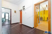 Agentia Imobiliara Proactiv  ofera persoanelor interesante, un apartament cu 4 camere situat in Galati, intr-un bloc constructie noua, zona Cosbuc.