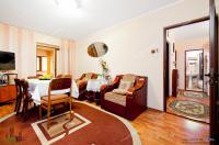 oferta de vanzare a unui apartament decomandat cu 2 camere situat in zona Str. Domneasca / Gara