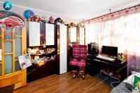 apartament cu trei camere de vanzare in Galati, cartier Micro 16