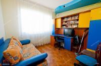 apartament decomandat cu 3 camere situat in Galati, zona Tiglina 2
