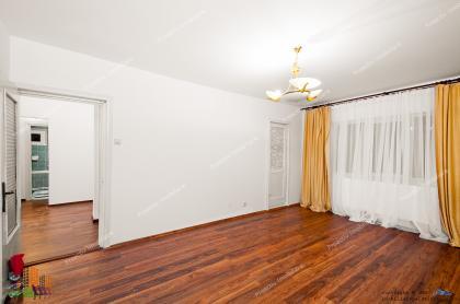 decomandat cu 2 camere situat in Galati, cartier Piata Centrala