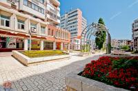 oferta de vanzare a unui apartament decomandat cu 2 camere situat in Galati, zona Centru, str. Nicolae Balcescu, bloc Albatros
