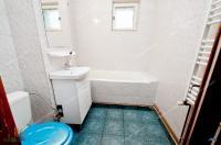 cumparare un apartament decomandat cu 2 camere situat in Galati, cartier Mazepa 1