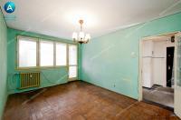 oferta de vanzare ideala pentru familisti, un apartament semidecomandat cu trei camere situat in Galati, cartier Micro 16