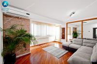 Vanzare apartament cu 3 camere in Galati, pe Faleza Dunarii, etaj 2/4, mobilat si utilat