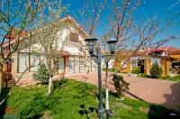 De vanzare vila in Galati, str. Arcasilor, zona foarte buna, sup. 180 mp, 4 camere
