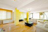 Se inchiriaza un apartament cu 3 camere situat in Galati, pe Faleza