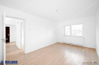 oferta de vanzare a unui apartament decomandat cu 4 camere, confort 1, situat in Galati, Siderurgistilor
