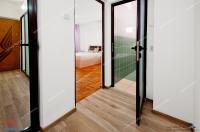 apartament decomandat cu o camera situat in Galati, pe Faleza superioara.