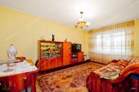 Vanzare apartament 3 camere dec. in Galati, Centru, etaj 3/4, 2 balcoane, sup. 70 mp