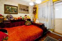 vanzarea unui apartament cu 4 camere decomandate situat in zona centrala a orasului Galati