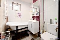 apartament decomandat cu 4 camere situat in cartierul Micro 18 din Galati