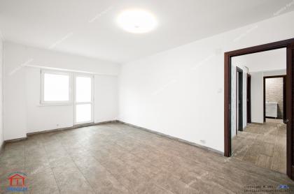 oferta de vanzare a unui apartament cu 2 camere decomandate dituat in Galati, zona Piata Centrala