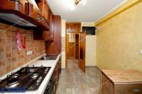 oferta de vanzare a unui apartament decomandat cu 3 camere situat in Galati, cartier Micro 21