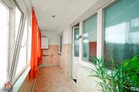 apartament semidecomandat cu 2 camere situat in Galati, Cartier Micro 16, zona Complex Siret