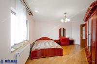 apartament decomandat cu 4 camere situat in centrul Galatiului