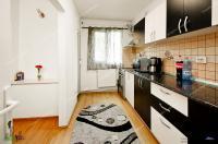 apartament decomandat cu 3 camere situat in Galati, cartier Micro 20