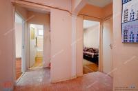 apartament decomandat cu 3 camere situat in Galati, intr-o pozitie centrala, mai exact zona str. Nicolae Balcescu.